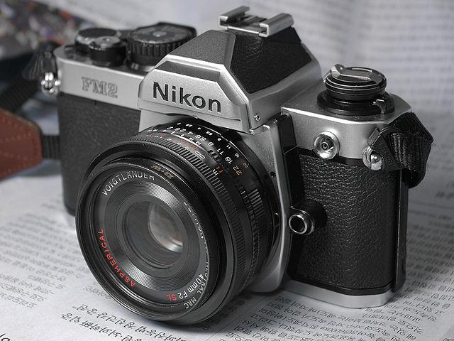 640px-NIKON_FM2