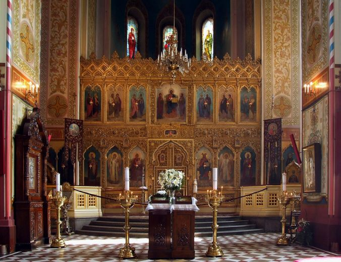 1280px-Alexander_Nevsky_Cathedral_in_Tallinn_-_interior