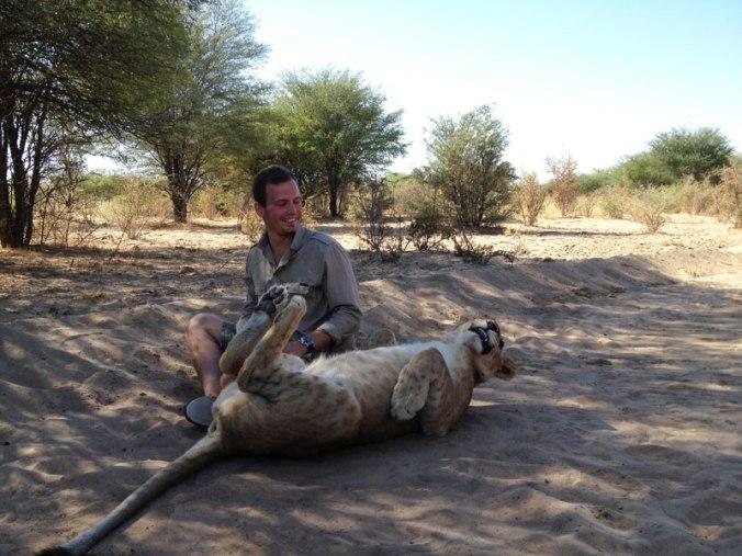 lion-whisperers-modisa-botswana-by-nicolai-frederk-bonnen-rossen-23
